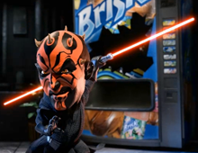Brisk Star Wars : Yoda Vs Darth Maul